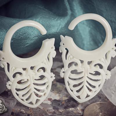 Bone Maori Damask Design