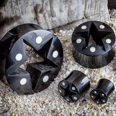 Black Horn Star Eyelets