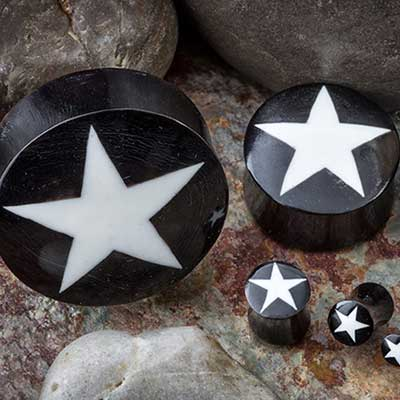 Black horn plugs with star inlay (White)