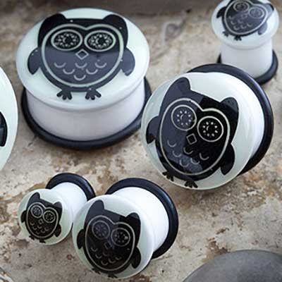 Single Flare Glow in the Dark Owl Plug