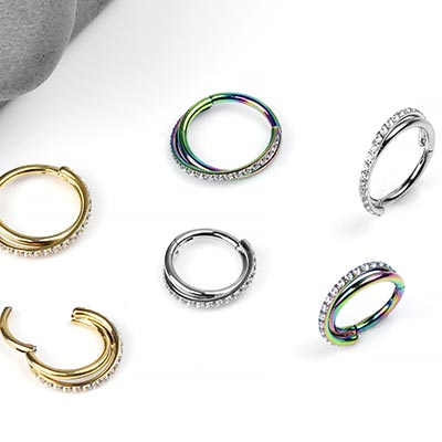 Gemmed Twist Clicker Ring