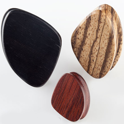 Wood triangle plugs