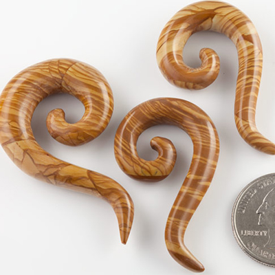 Drawing Jasper Tail Spirals