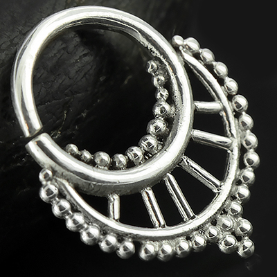 Silver Spindle Seamless Septum Ring