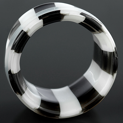 Single flare pyrex glass eyelets (Black and white pinstripe)