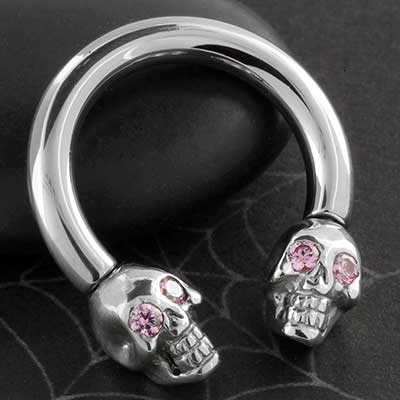 Steel Internally Threaded Circlur Barbell with Silver Skull Ends