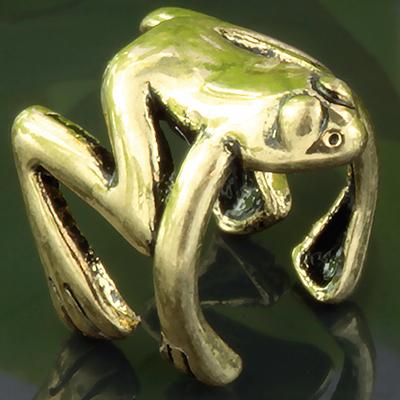 Tree Frog Ear Cuff