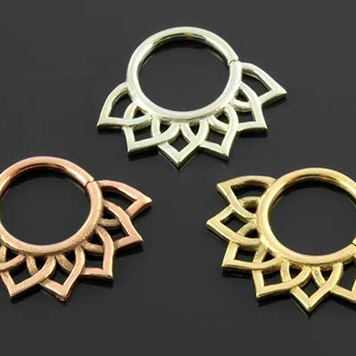 Flora Septum Seamless Ring