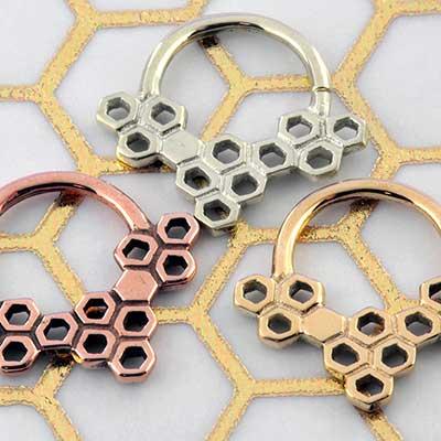 Honeycomb septum seamless ring