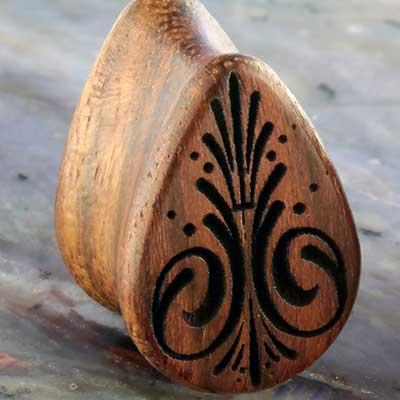 Chechen wood Pinstripe teardrop plugs