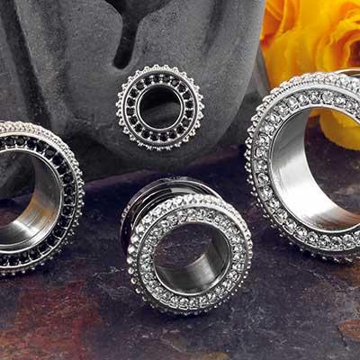 Steel gem eyelet