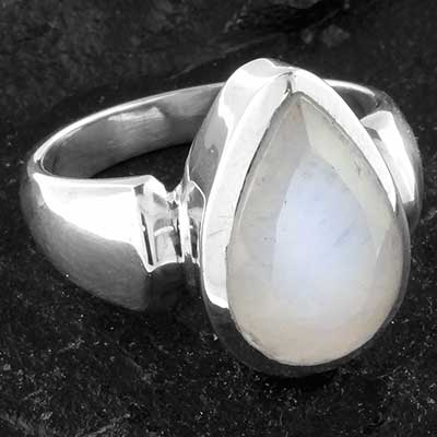 Silver and Faceted Moonstone Ring