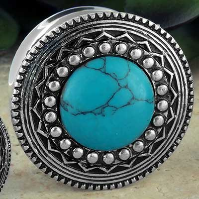 Synthetic turquoise decor plug