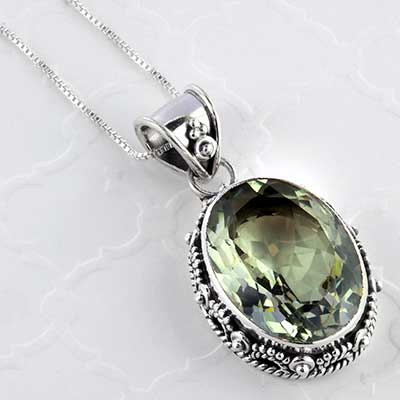 Green amethyst and silver necklace