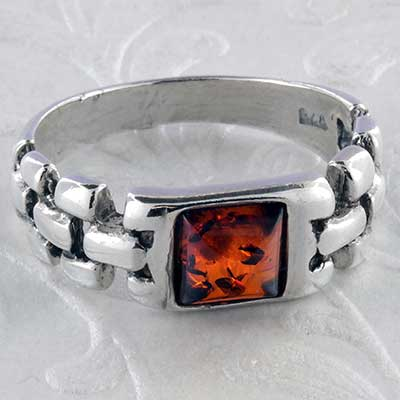 Silver and Baltic amber chain ring