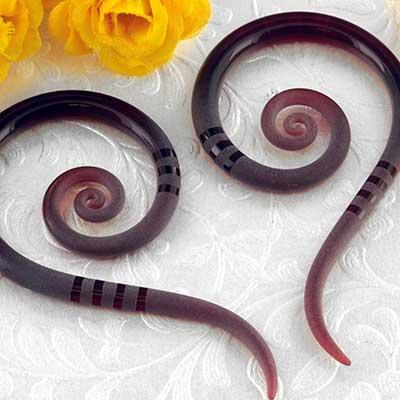 Pyrex glass spiral snakes (Textured garnet)