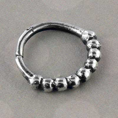 Silver pebble seamless ring
