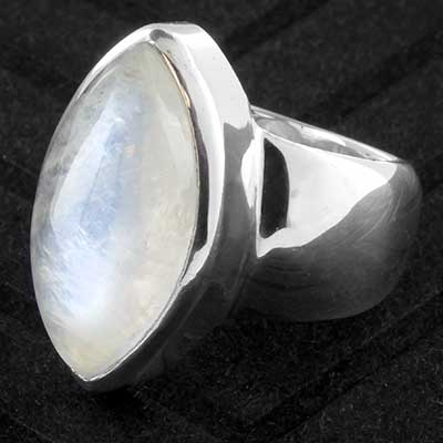 Silver and moonstone ring