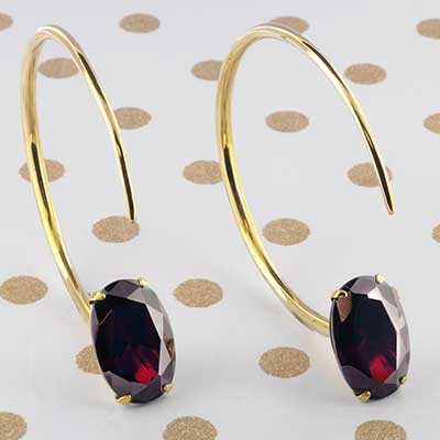 Solid Brass Large Tsabit Design with Faceted Ruby Glass