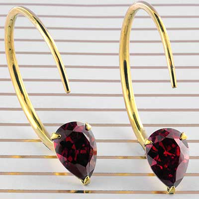 Solid Brass Small Tsabit Design with Faceted Red Glass