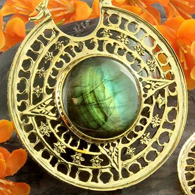 Solid brass Isis clasp design with labradorite