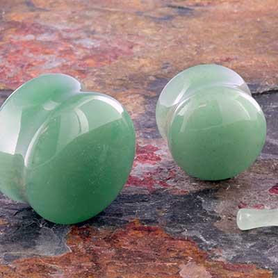 Green aventurine stone plug