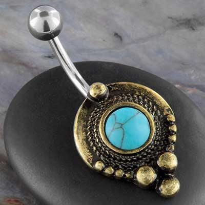 Synethetic turquoise beaded point navel
