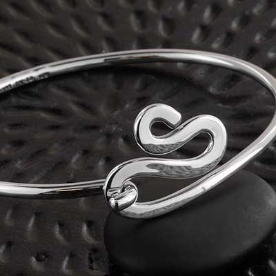 Silver Coil Clasp Bangle Bracelet