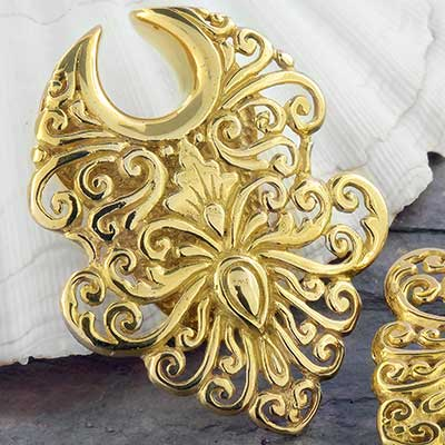Brass Temple Cloud Shield Saddle Design