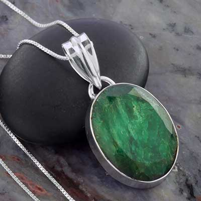 Indian Emerald and Silver Necklace