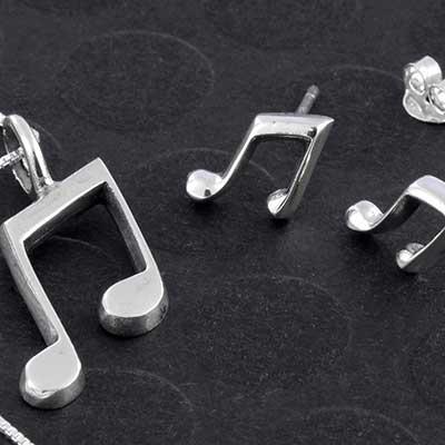 Silver Music Note Jewelry Design