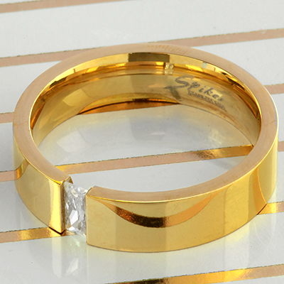 Gold Gemmed Band Ring