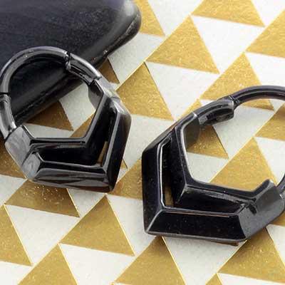 Hollow Chevron Septum Clicker Ring