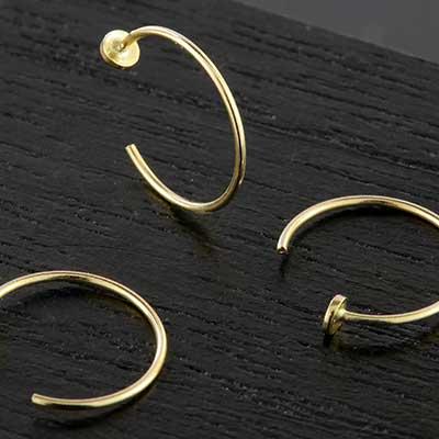 9k Gold Disc Nose Hoop