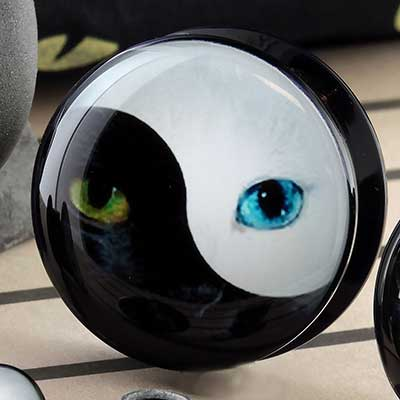 Acrylic Yin Yang Cat Plugs