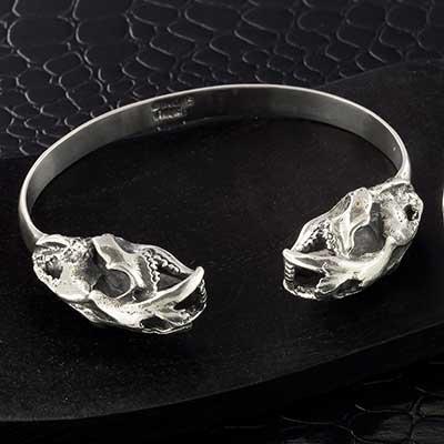 White Brass Twin Saber Skull Bracelet