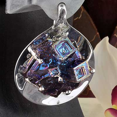 Aura Weights with Bismuth