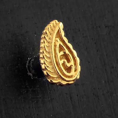 Gold Paisley Leaf Threaded End