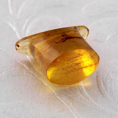 Oval Amber Labret