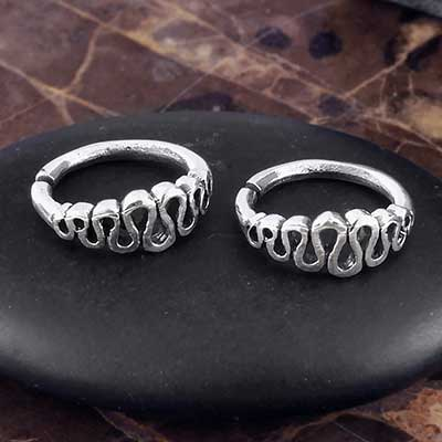 Silver Ribbon Seamless Ring