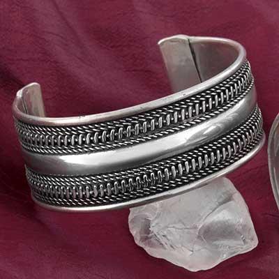 Metal Roped Cuff Bracelet