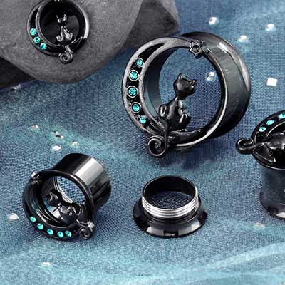 Gemmed Black Cat Eyelets