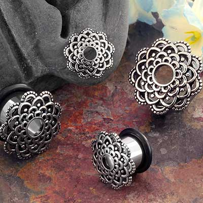 Steel Filigree Flower Single Flare Plug