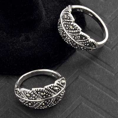 Silver Feather Ring with Marcasite