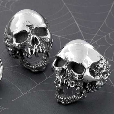 Steel Cackling Skull Ring