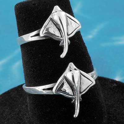 Silver Sting Ray Ring