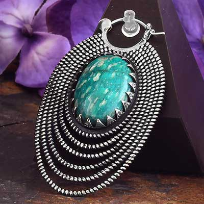 Epaulette Design with Amazonite