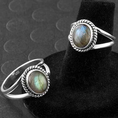 Silver and Framed Oval Labradorite Ring