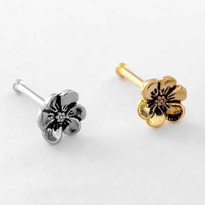 Hellebore Flower Straight Nosebone