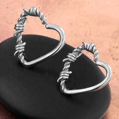 Steel Wired Heart Seamless Ring